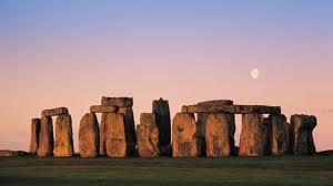 Stonehenge - pic via guiddoo.com